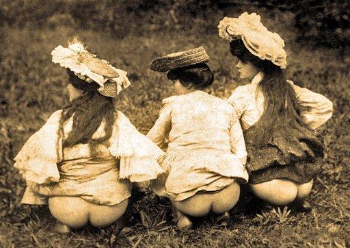pissing at a picnic